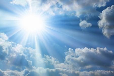 大きくなる紫外線の影響で黄斑変性症を引き起こす